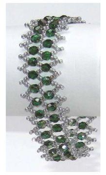 Flat Net Bracelet Pattern by Jann Christiansen aka Dancing Sea Designs at Bead-Patterns.com