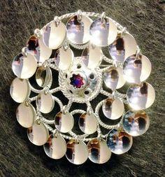 Julklappstips Risku av Torild Labba - Kurbits - din slöjdkompis i samtiden Silver Jewelry, Silver Rings, Norse Vikings, Bridal Crown, Wearable Technology, Silver Brooch, Handicraft, Norway, Wedding Jewelry