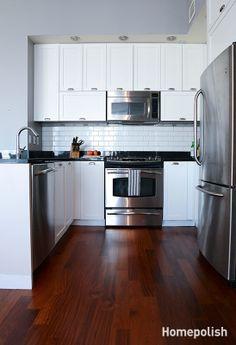 Urban Beach Retreat - Blue and gray splashes beachify a beautiful two-bedroom in DUMBO @Homepolish NYC