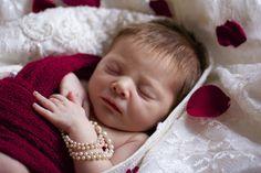 baby in mother's wedding dress! newborn photos / photography / photo shoot
