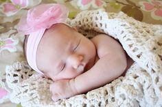 Inspiration For New Born Baby Photography : sweet newborn pictures