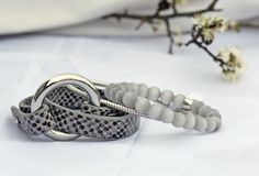 Leather bracelet in croco look with grey cat eye beads bracelet and silver bangle