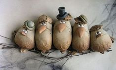 Excellent Photos bird Sculpture Clay Concepts There are many types of clay-based used by statue, all differing in terms of coping with along with finish. Pottery Animals, Ceramic Animals, Ceramic Birds, Clay Animals, Ceramic Clay, Sculptures Céramiques, Bird Sculpture, Ceramic Sculptures, Bronze Sculpture