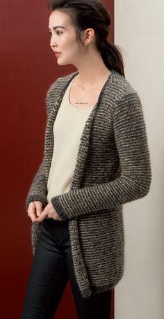 Breien. Vest. Dit vest maakt u met 2 draden. LANG Yarns Yara en Mohair Trend.  Model en patroon staan beschreven in het patronenboek FaM 238 Urban (model 45) FAM_238_Urban-46.jpg