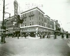 The Saenger Theater in 1930