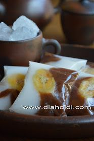 Diah Didi's Kitchen: Nagasari Hungkwe Coklat Putih Indonesian Desserts, Asian Desserts, Indonesian Food, Indonesian Recipes, Cake Recipes, Snack Recipes, Cooking Recipes, Snacks, Diah Didi Kitchen
