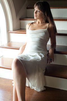 Anne High Risk, Erotica, Handsome, Wedding Dresses, Fashion, Bride Dresses, Moda, Bridal Gowns, Fashion Styles