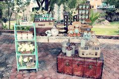 -Kamalion-   MESA DE DULCES Shower Bebe, Baby Shower, Candy Car, Garden Wedding Decorations, Vintage Display, Dessert Bars, Dessert Tables, Sweet Treats, Creative