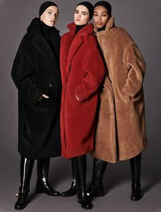 The timeless allure of Max Mara icon coats: Manuela and Teddy Bear. Max Mara Teddy Coat, Teddy Bear Coat, Max Mara Coat, Fashion Mode, Look Fashion, Womens Fashion, Street Fashion, Petite Fashion, Curvy Fashion