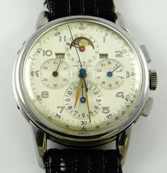 Universal Genève, Tricompax, manual moonphase triple calendar chronograph with constant seconds, minute and hour registers, tachymeter scale