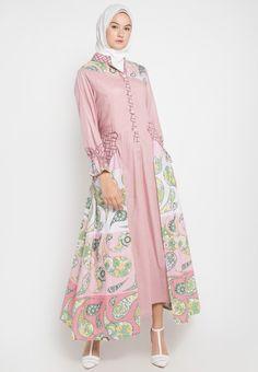ideas dress velvet muslim for 2019 Batik Fashion, Abaya Fashion, Fashion Dresses, Islamic Fashion, Muslim Fashion, Dresses For Teens, Nice Dresses, Batik Muslim, Modele Hijab
