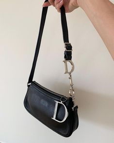 Purses And Handbags Outfit Cheap Purses, Cheap Handbags, Cute Purses, Purses And Handbags, Guess Purses, Large Purses, Wholesale Handbags, Cheap Bags, Handbags Online