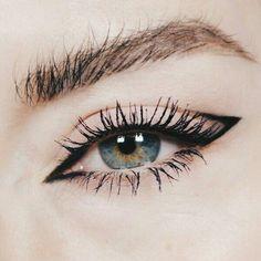 Eyeliner, dezentes rosa Make-up – What is Makeup ? What is Makeup ? Edgy Makeup, Makeup 101, Pink Makeup, Cute Makeup, Pretty Makeup, Makeup Inspo, Makeup Ideas, Beauty Makeup, Makeup Hacks