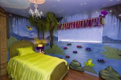 The Princess And Frog Themed Bedroom So Cute With Bayou Mural Rocks