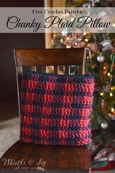 FREE Crochet Pattern: Crochet Plaid Pillow | Make this cozy plaid pillow, the perfect accent for your rustic holiday or cabin retreat.