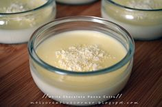 Mel's Creative Corner: White Chocolate Panna Cotta!