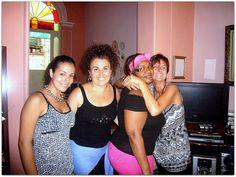 Raquel con turistas. Prom Dresses, Formal Dresses, Fashion, Home, Havana, Dresses For Formal, Moda, Formal Gowns, Fashion Styles