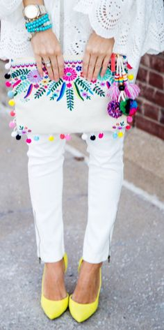 #fashion #outfits  Printed Clutch & White Skinny Jeans & Yellow Pumps