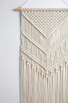 Mkono Macrame Wall Hanging Art Woven Tapestry Boho Home Decor Apartmen – zingydecor Macrame Design, Macrame Art, Macrame Projects, Macrame Knots, Driftwood Macrame, Macrame Wall Hanging Patterns, Macrame Patterns, Macrame Wall Hangings, Quilt Patterns
