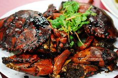 Singapore Black Pepper Crab  http://www.singaporelocalfavourites.com/2013/01/singapore-black-pepper-crab.html?m=1