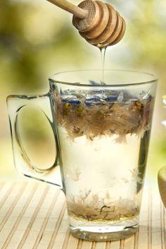 Warum ihr jeden Tag ein Glas Wasser mit Honig trinken solltet