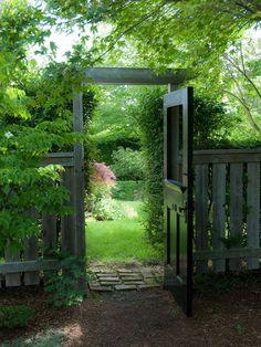I love this gate/door