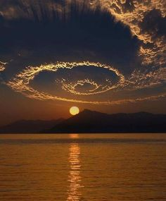 Spiral Sunset, Nature