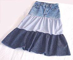 Recyclez votre vieux jean en jupe à volants avec ce tuto.
