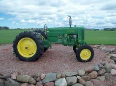 John Deere 420W. Example of an Auction Item Sold Online by Hansen & Young, Inc. Auction Items Were Located at Mason, WI.