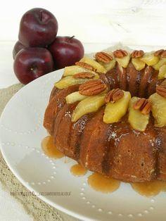 APPLE AND PECAN BUNDT CAKE con MELE SPEZIATE CARAMELLATE  http://facciamocheerolacuoca.blogspot.it/2014/11/apple-and-pecan-bundt-cake-con-mele.html