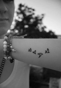 95 Bird Tattoos for Women and Girls (12)