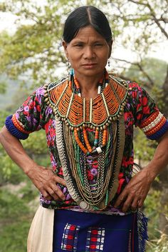 *|* India - nagaland.  Konyak Naga woman at Wakching village.