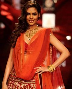 Esha Gupta showcases a creation by designer JJ Valaya & Jewellery by Azva during India Bridal Fashion Week '13, held at Grand Hyatt, in Mumbai