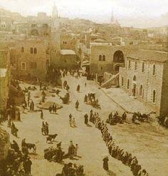 Bethlehem-بيت لحم: PALESTINE - Bethlehem, 1890s (early 20th c.) 57 - Wheat and barley harvest displayed in the centre of bethlehem