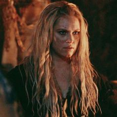 Clarke The 100, Lexa The 100, Lexa Y Clarke, Marie Avgeropoulos, Eliza Taylor, The 100 Cast, It Cast, Series Movies, Tv Series