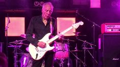 Great version of 'Daydream'. Robin Trower with Chris Taggart on drums and Richard Watts on bass and vocals live in Norwich, UK in September 2016. www.trowerp...