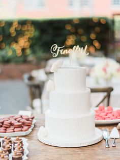 Photography: Ether & Smith - undefined Coordination: Wish Wonder Dream - undefined Cake: Vanilla Bakeshop - undefined   Read More on SMP: /2015/11/17/elegant-santa-monica-tiato-wedding/ Sweet Table Wedding, Rustic Wedding, Wedding Cake Designs, Wedding Cake Toppers, Cake Wedding, Textured Wedding Cakes, Wedding Cake Cutting, Amazing Wedding Cakes, Take The Cake