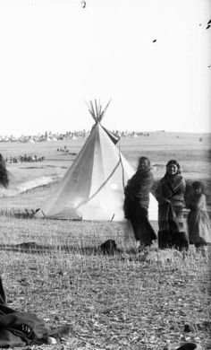 Pine Ridge Agency, S.D., Indian posed with white man.
