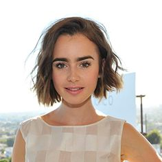 The LOB is officially the haircut of 2015 - Lily Colins