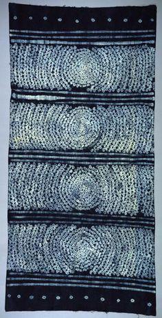 Africa | Indigo dye resist cloth from Nigeria | Cotton; tie dye pattern