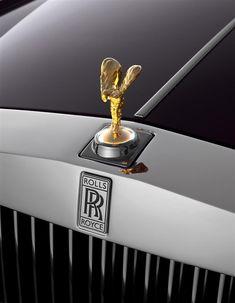 Photographs of the 2013 Rolls-Royce Phantom Extended Wheelbase. An image gallery of the 2013 Rolls-Royce Phantom Extended Wheelbase. Rolls Royce Logo, Rolls Royce Cars, Rolls Royce Limousine, Rolls Royce Phantom, Maserati, Ferrari F40, Cadillac, Jaguar, Voiture Rolls Royce
