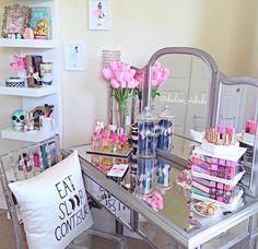 Makeup vanity vanity decor, mirrored vanity table, vanity ideas, vanity she Closet Vanity, Vanity Room, Vanity Decor, Vanity Ideas, Vanity Set, Mirrored Vanity, Decoration Inspiration, Room Inspiration, Sala Glam