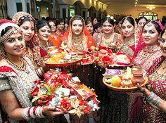 Karva Chauth Hindu Festival Information Festivals Of India, Fairs And Festivals, Indian Festivals, Teej Festival, Happy Karwa Chauth, Festival Information, Hindu Culture, Special Dresses, Festival Dress
