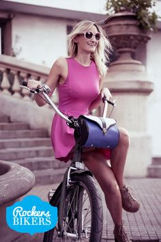 #bike #biker #bikers #bag #saddlebag #woman #funcional #tieup #blue #ride