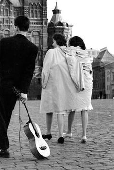 КРИВОНОСОВ ЮРИЙ. После бала. 1954