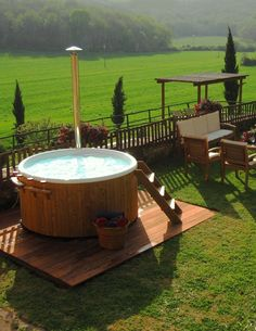 Hot tub in the back yard? Yes please.