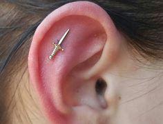 Helix Piercing Jewelry, Piercing Tattoo, Ear Piercings, Bvla Jewelry, Cute Jewelry, Jewelry Accessories, Unique Jewelry, Body Mods, Body Art