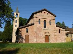 Abbazia di Santa Maria Croce Epoca: XI secolo Stile Medievale Luogo: Tiglieto, Genova