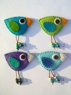 Brooch Felt birds would look cute on a book backpack for kids. Bird felt brooch – red yellow blue green orange – Brooch Felt birds would look cute on a book backpack for kids. Felt Embroidery, Felt Applique, Embroidery Patterns, Fabric Crafts, Sewing Crafts, Sewing Projects, Bird Crafts, Easy Crafts, Easy Diy