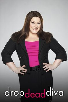 Sexiest Plus Size Women in Entertainment Being sexy doesn't require being just skin and bones! Check out pictures of some of the hottest curvy celebs! Brooke Elliott Brooke Elliott plays the divinely. Brooke Elliott, Curvy Celebrities, Celebs, Robin Givens, Lawyer Outfit, Blazer Buttons, Fashion Branding, American Actress, Plus Size Women